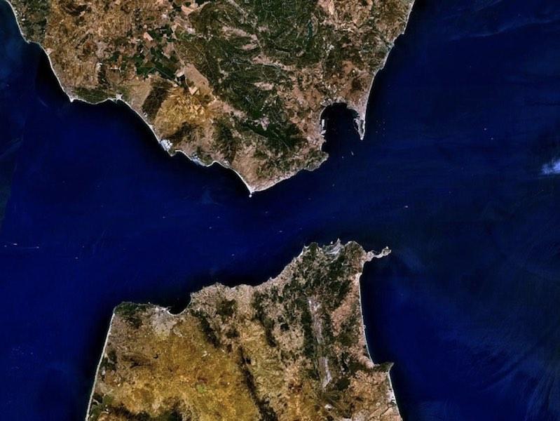 Вид на Гибралтарский пролив из космоса