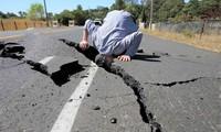 Строители против «Повелителя землетрясений»