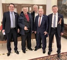 Пётр Котенков с коллегами, рядом с легендой советского сыска Иссой Костоевым (расследовал преступление Чикатило)