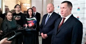Юрий Трутнев во время пресс-подхода