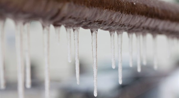 Защитим воду от холода!